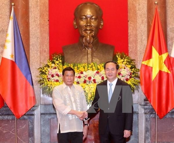 越南国家主席陈大光设宴招待菲总统杜特尔特访越 hinh anh 1