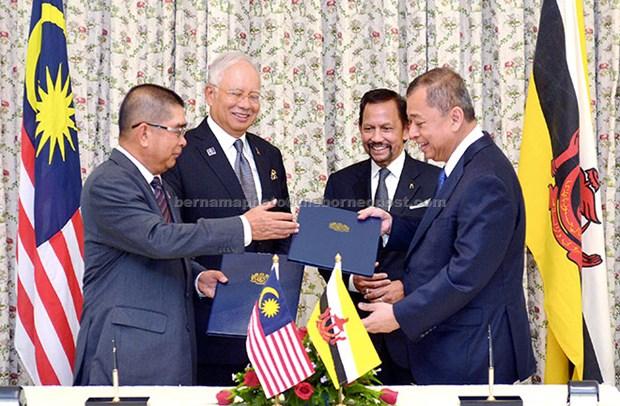 马来西亚与文莱加强多个领域的合作关系 hinh anh 1