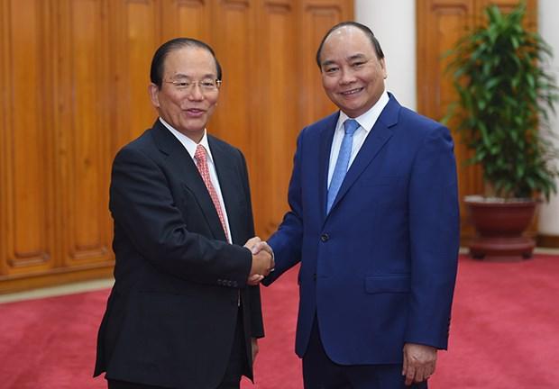 越南政府总理阮春福会见日本客人 hinh anh 1
