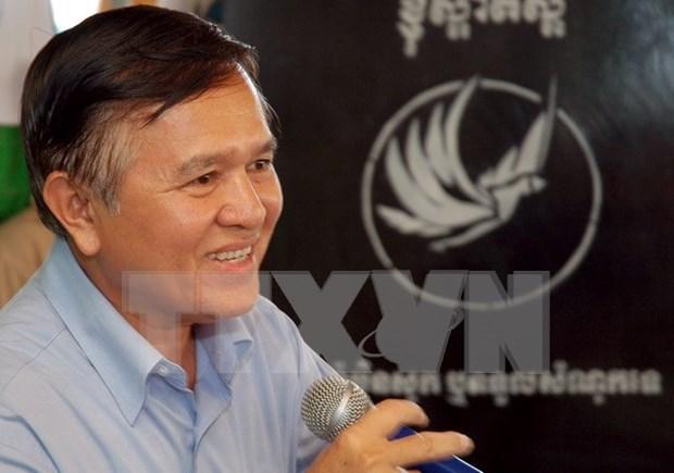 柬埔寨救国党副主席根索卡躲避4个月之后登记参加选举 hinh anh 1