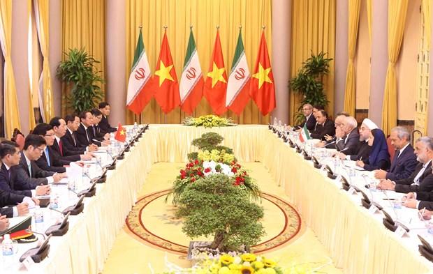 越伊两国领导一致同意进一步加强多方面的合作 hinh anh 3