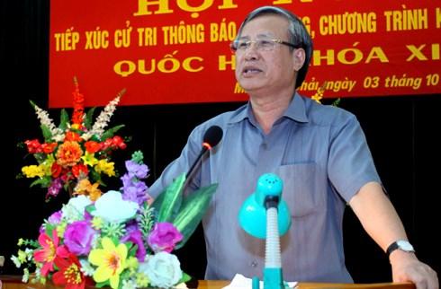 越南第十四届国会第二次会议前夕:党和国家领导接触全国各地选民 hinh anh 1