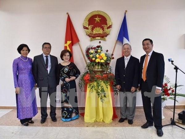 越南驻新喀里多尼亚名誉总领事管正式开馆 hinh anh 1