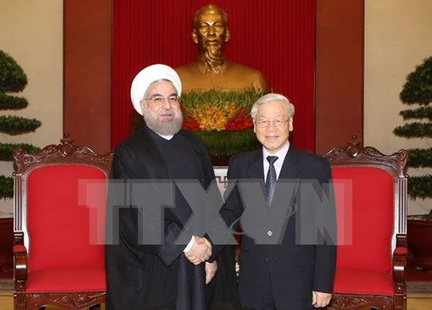伊朗总统哈桑•鲁哈尼高度评价越南在地区与国际舞台上发挥的积极作用 hinh anh 1
