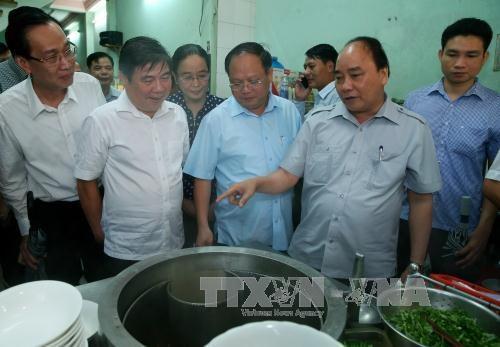 阮春福总理:胡志明市应制定绿色食品供应链发展规划 hinh anh 1