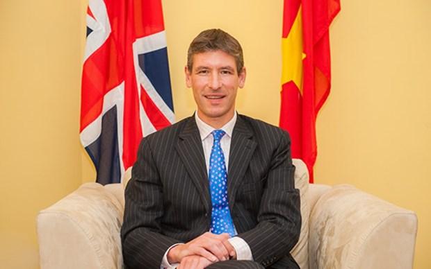 英国驻越大使:加强与越南投资与经贸合作是英国退欧之后的基本目标 hinh anh 1