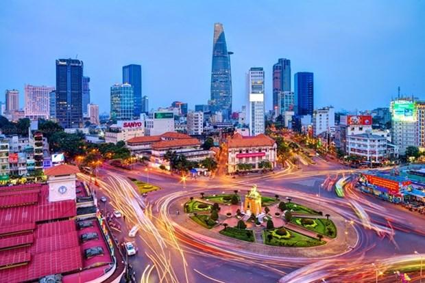 胡志明市领导人会见英国—越南友好网络代表团 hinh anh 1