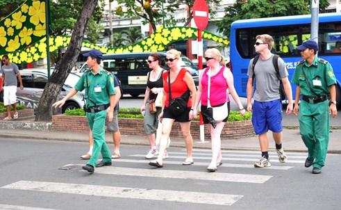 岘港市成立快速反应队 进一步加强旅游安全保障工作 hinh anh 1