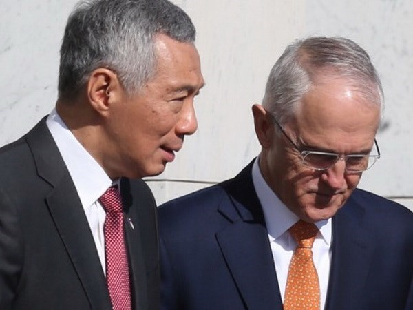 澳大利亚与新加坡签署四份重要谅解备忘录 hinh anh 1