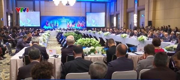 第21届东盟-欧盟外长会议强调东海和平稳定的重要性 hinh anh 1