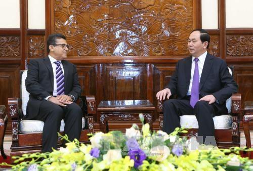 越南国家主席陈大光会见巴勒斯坦驻越大使萨阿迪•萨拉马 hinh anh 1