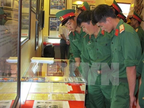 黄沙-长沙群岛归属越南图片资料展在嘉莱省举行 hinh anh 1