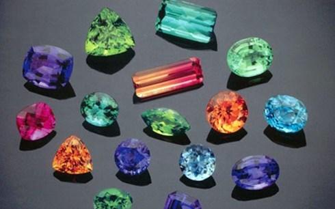 瑞士成为越南最大的宝石、贵金属及产品出口市场 hinh anh 1