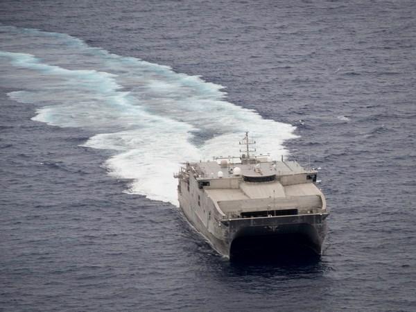 柬埔寨与美国海军将进行实弹发射演习 hinh anh 1