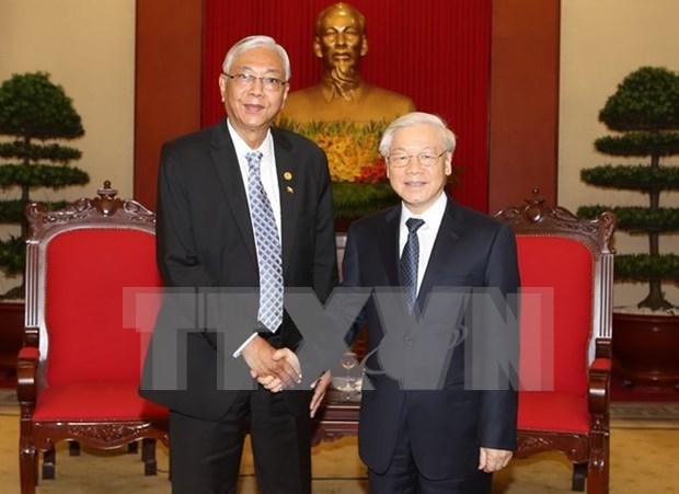 越共中央总书记阮富仲会见缅甸总统吴廷觉 hinh anh 1