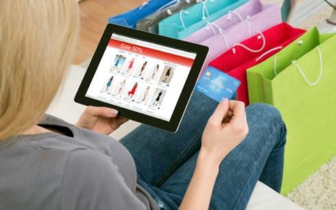 越南消费者喜爱电商网站比例达46% hinh anh 1
