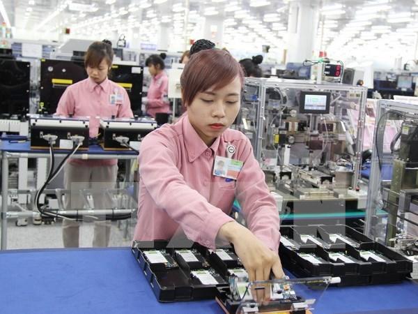 2016年前10月越南贸易顺差近35.2亿美元 hinh anh 1