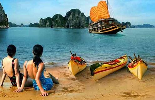 越南第十四届国会二次会议:为将旅游打造成为尖端经济产业创造便利条件 hinh anh 1