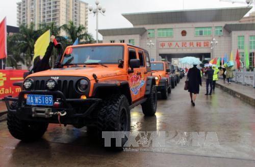 越南试开通芒街国际口岸跨境自驾游项目 hinh anh 1