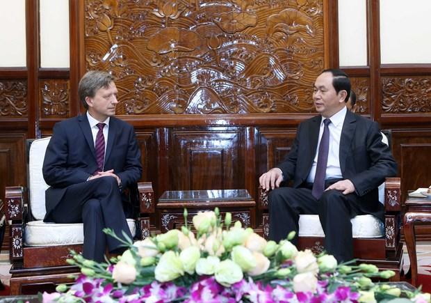 越南国家主席陈大光会见前来递交国书的各国新任驻越大使 hinh anh 10