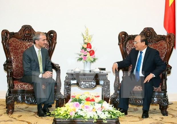 越南政府总理阮春福会见葡萄牙新任驻越大使弗朗西斯科•阿西斯 hinh anh 1
