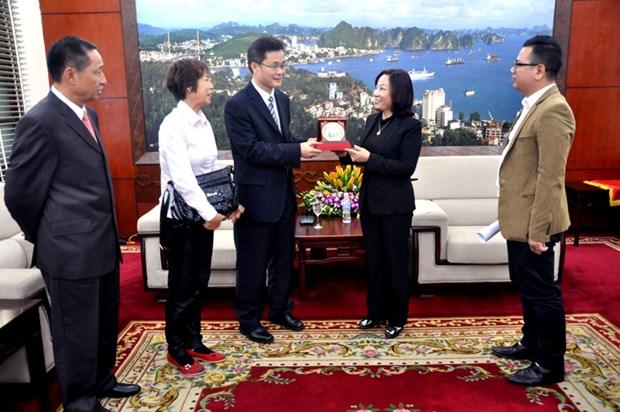 进一步加大广宁省与中国广东省在各领域的交流与合作力度 hinh anh 2