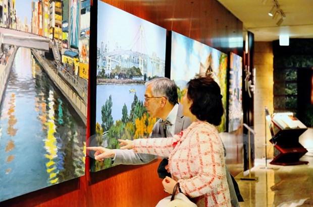 越南画家范论的日本风景画画展在东京开展 hinh anh 1