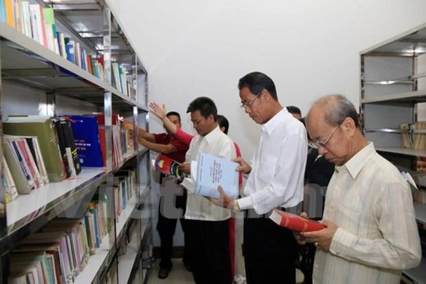 旅老越南人总会总部驻地图书馆正式开馆 hinh anh 1