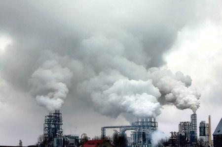 自然灾害和环境污染导致越南GDP年均增长率下降0.6% hinh anh 1