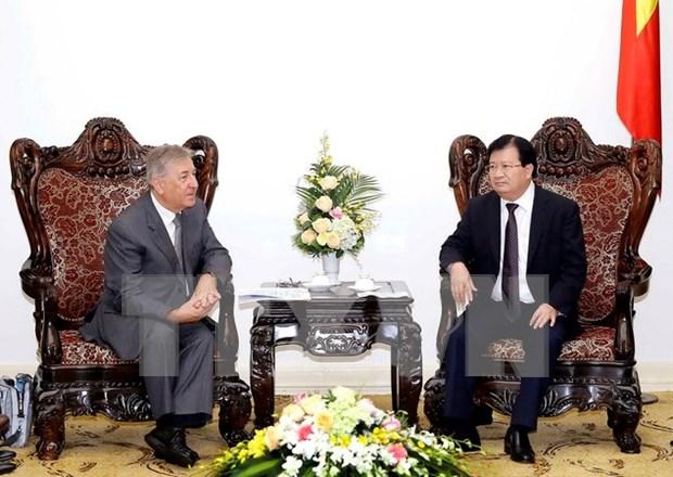 政府副总理郑廷勇会见欧盟环境、海洋事务和渔业委员卡梅奴•维拉 hinh anh 1