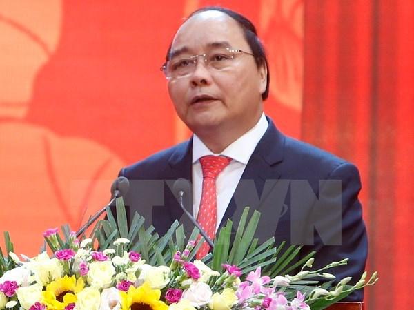 阮春福:维护宏观经济稳定, 为生产经营活动创造良好环境,促进经济的快速和可持续发展 hinh anh 1