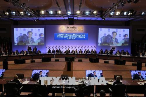 第21届东盟与中日韩财长和央行行长会议在菲律宾马尼拉召开 hinh anh 1