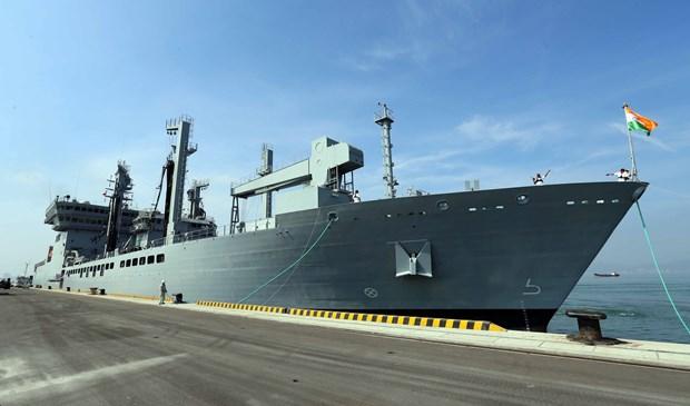 三艘印度海军舰艇访问越南岘港市 hinh anh 1
