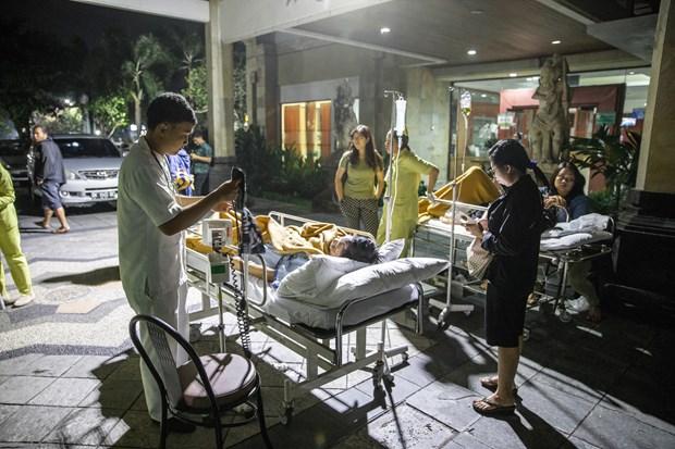 印尼西努沙登加拉省龙目岛地震后的惨状(组图) hinh anh 12
