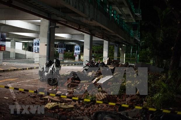 印尼西努沙登加拉省龙目岛地震后的惨状(组图) hinh anh 1