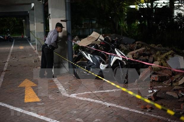 印尼西努沙登加拉省龙目岛地震后的惨状(组图) hinh anh 2