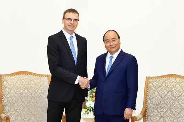 越南政府总理阮春福会见爱沙尼亚外长 hinh anh 1