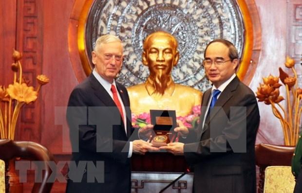 胡志明市领导会见美国国防部部长 hinh anh 2