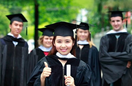 新西兰政府向30名越南大学生颁发奖学金 hinh anh 1