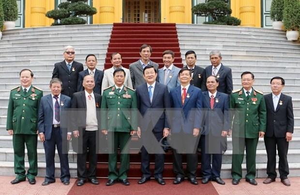 越南国家主席张晋创会见曾获胡伯伯接见的少年代表团 hinh anh 1