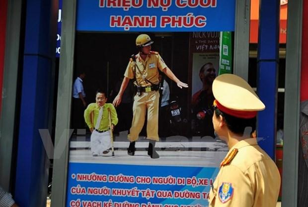 携手共创越南交通安全环境 hinh anh 1
