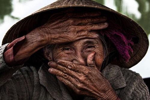 法国摄影师弘扬越南妇女之美 hinh anh 1