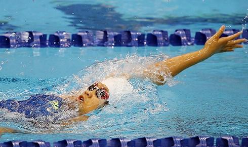 2016全国短池游泳锦标赛:阮叶芳簪夺13金打破6项国家记录 hinh anh 1