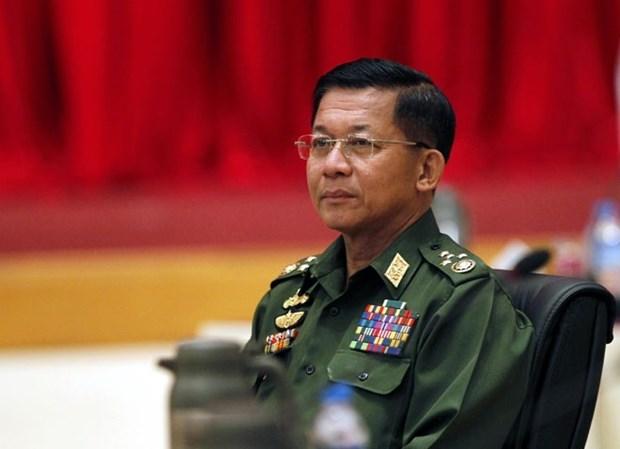 缅甸国防军总司令承诺同新政府密切协作确保权力平稳移交 hinh anh 1