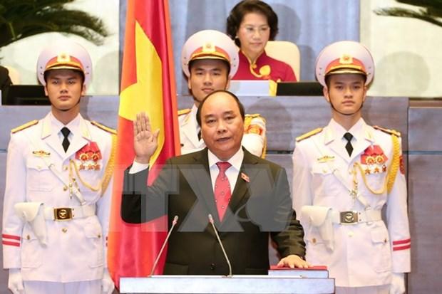 阮春福当选越南政府总理 hinh anh 1