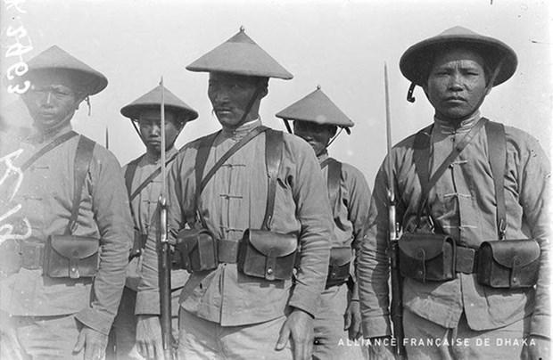 世界大战在图卢兹的印度支那劳役图片展亮相法国 hinh anh 1