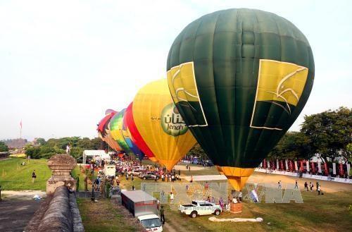 2016年国际热气球节亮相承天顺化省 hinh anh 1