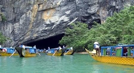 4•30和5•1假期赴广平省旅游的游客量猛增 hinh anh 1