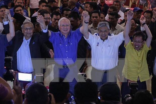 国民阵线党在马来西亚选举中获得绝对胜利 hinh anh 1