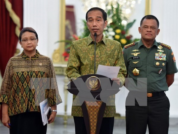 4名遭菲律宾恐怖组织绑架的印尼船员获释 hinh anh 1